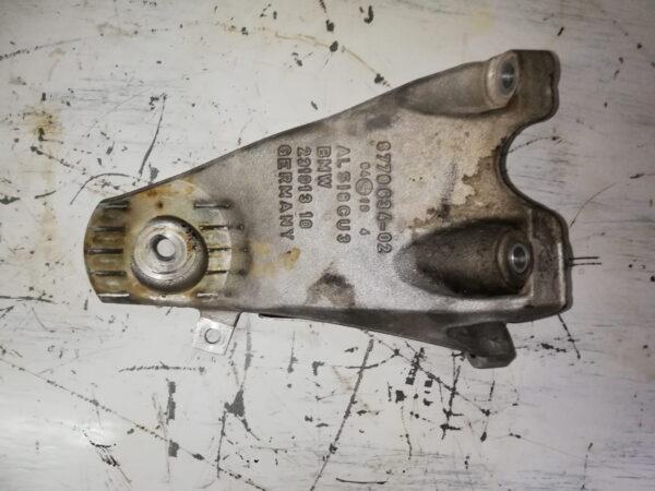 Łapa silnika BMW 3.0 D 306D3 6770634-02