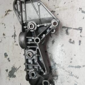Łapa alternatora  Renault 1.5 DCI 8200669494