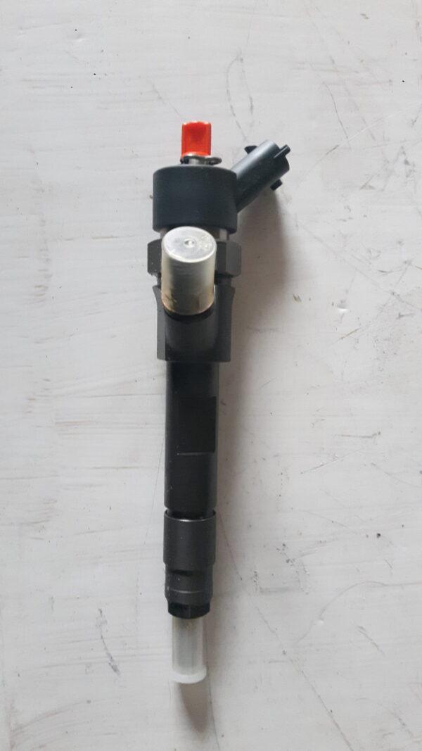 Nowy Wtryskiwacz Renault  1.9DCI 0445110160B 8200283583