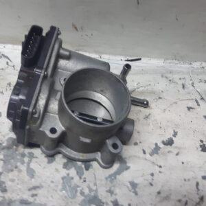 Przepustnica Toyota Rav 4 2.0B 22030-37050