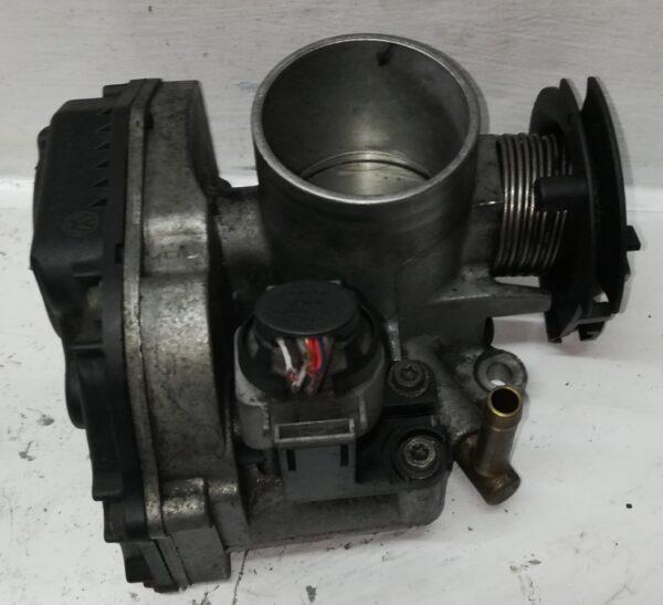 Przepustnica VW 1.4 B 030133064D