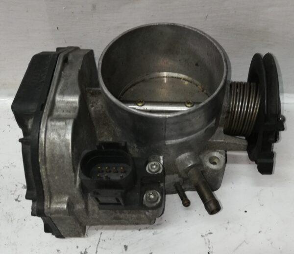 Przepustnica AudiA4 B5 2.4 V6 078133063C
