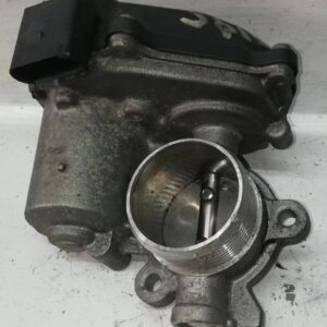 Przepustnica VW 2.0 TDI 04L131501B