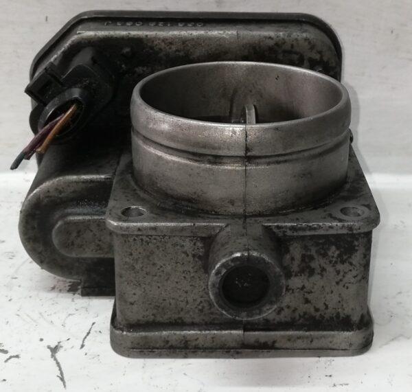 Przepustnica VW 1.9 TDI 038128063J