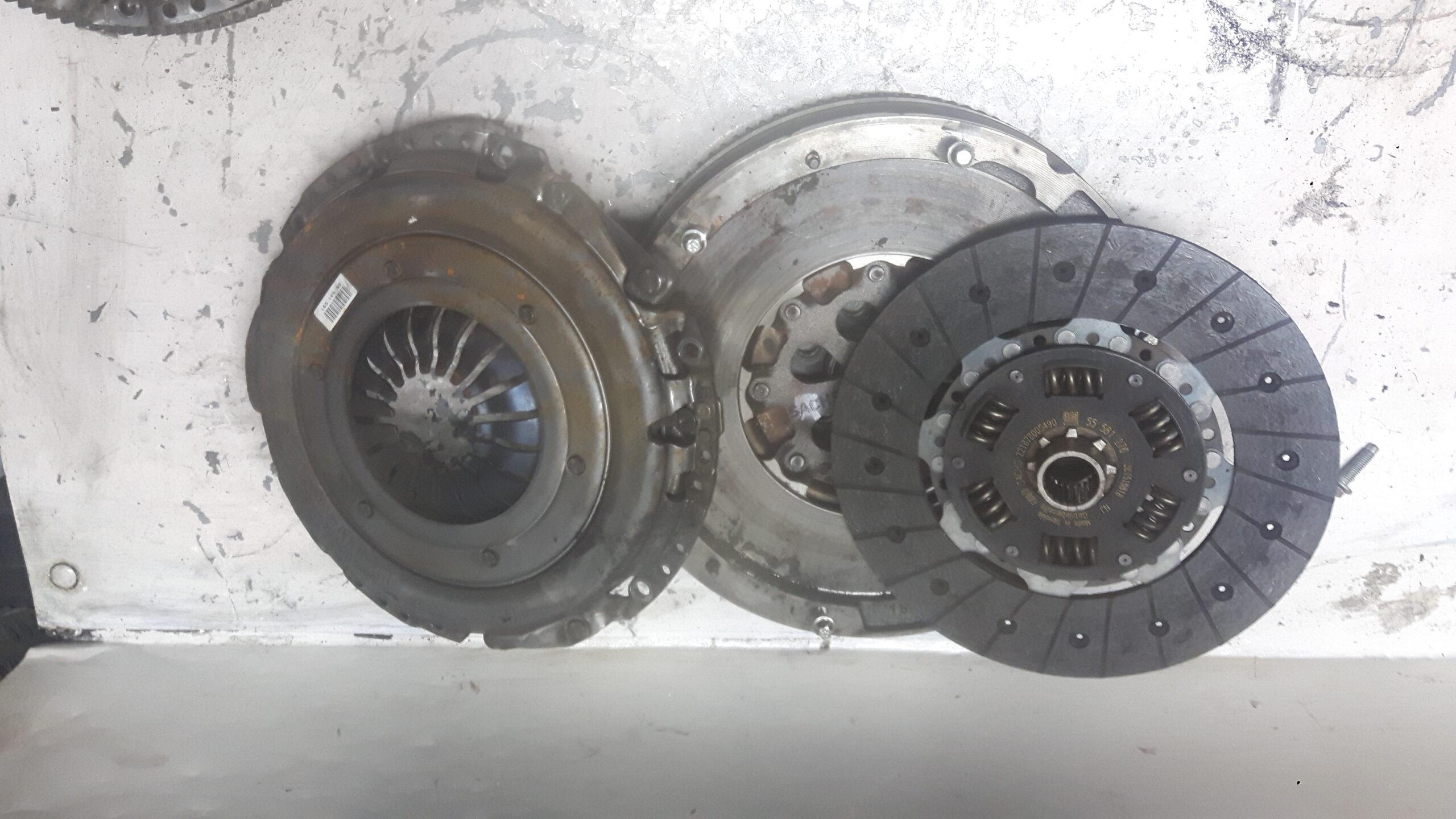 Sprzęgło Opel Insygnia 2.0 55580737