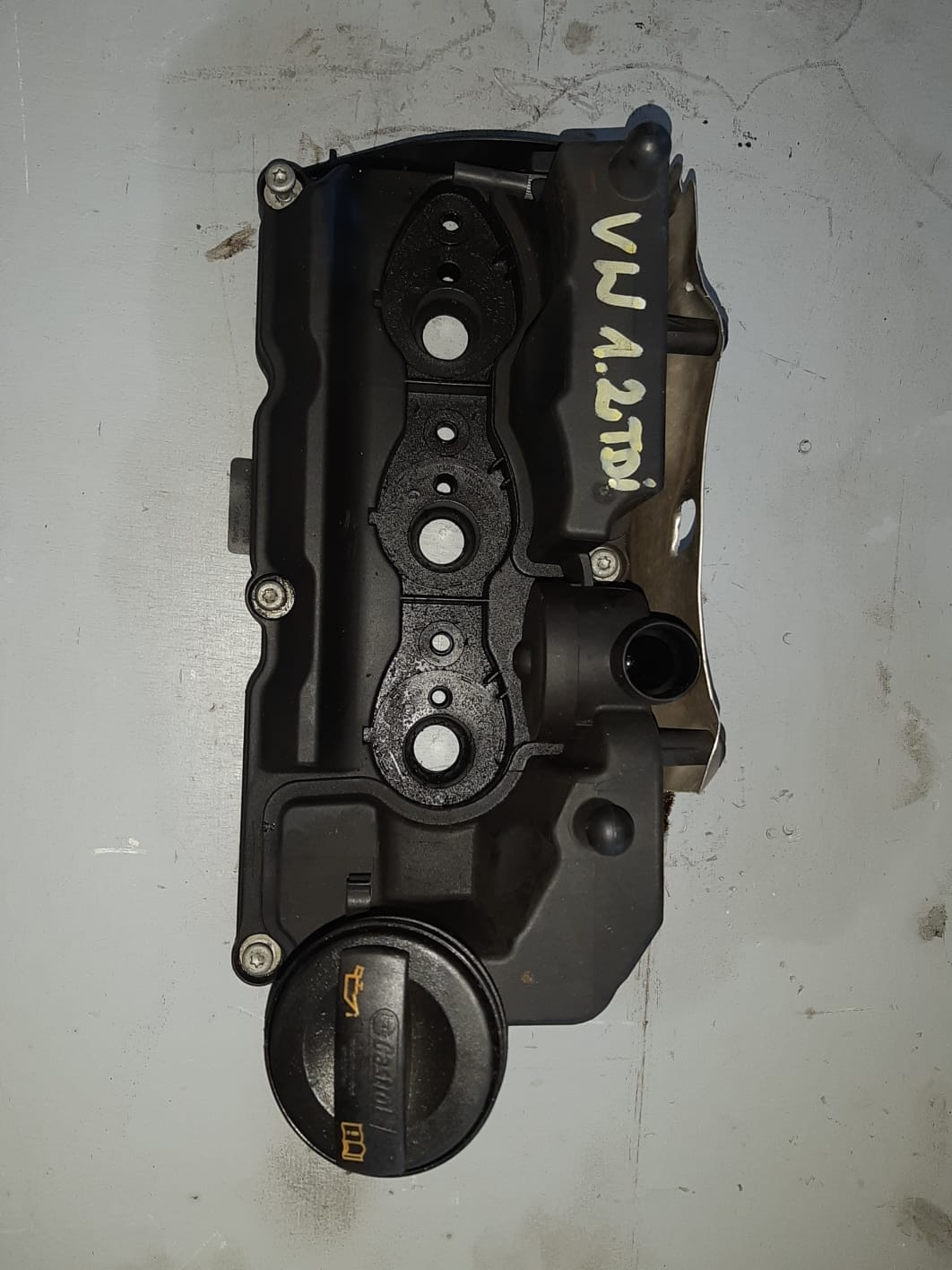 Pokrywa zaworów VW 1.2 TDI 03P103469A