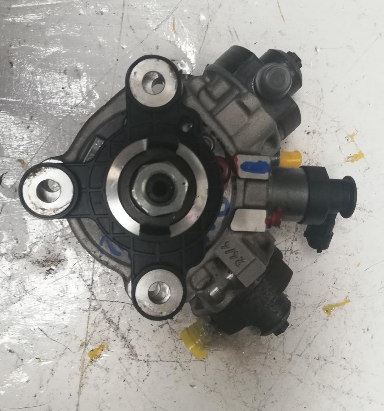 Sprawdzona POMPA WTRYSKOWA VOLVO S60 S80 V60 D3 D5 0445010618
