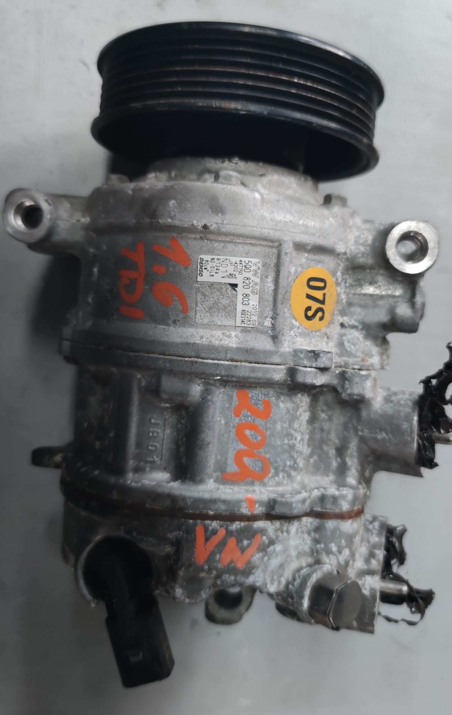 Sprężarka Klimatyzacji 1.6 TDI 5Q0820803