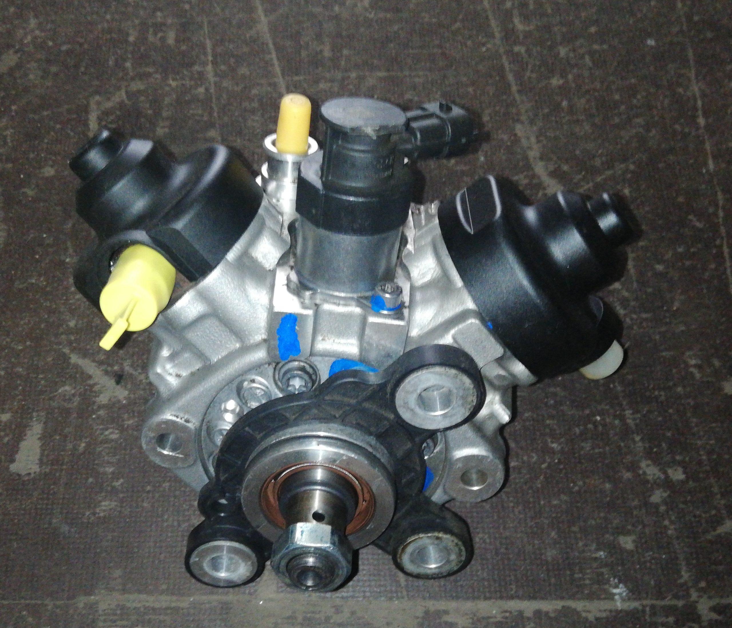Sprawdzona Pompa wtryskowa Volvo 2.4 D 0445010681 31372081