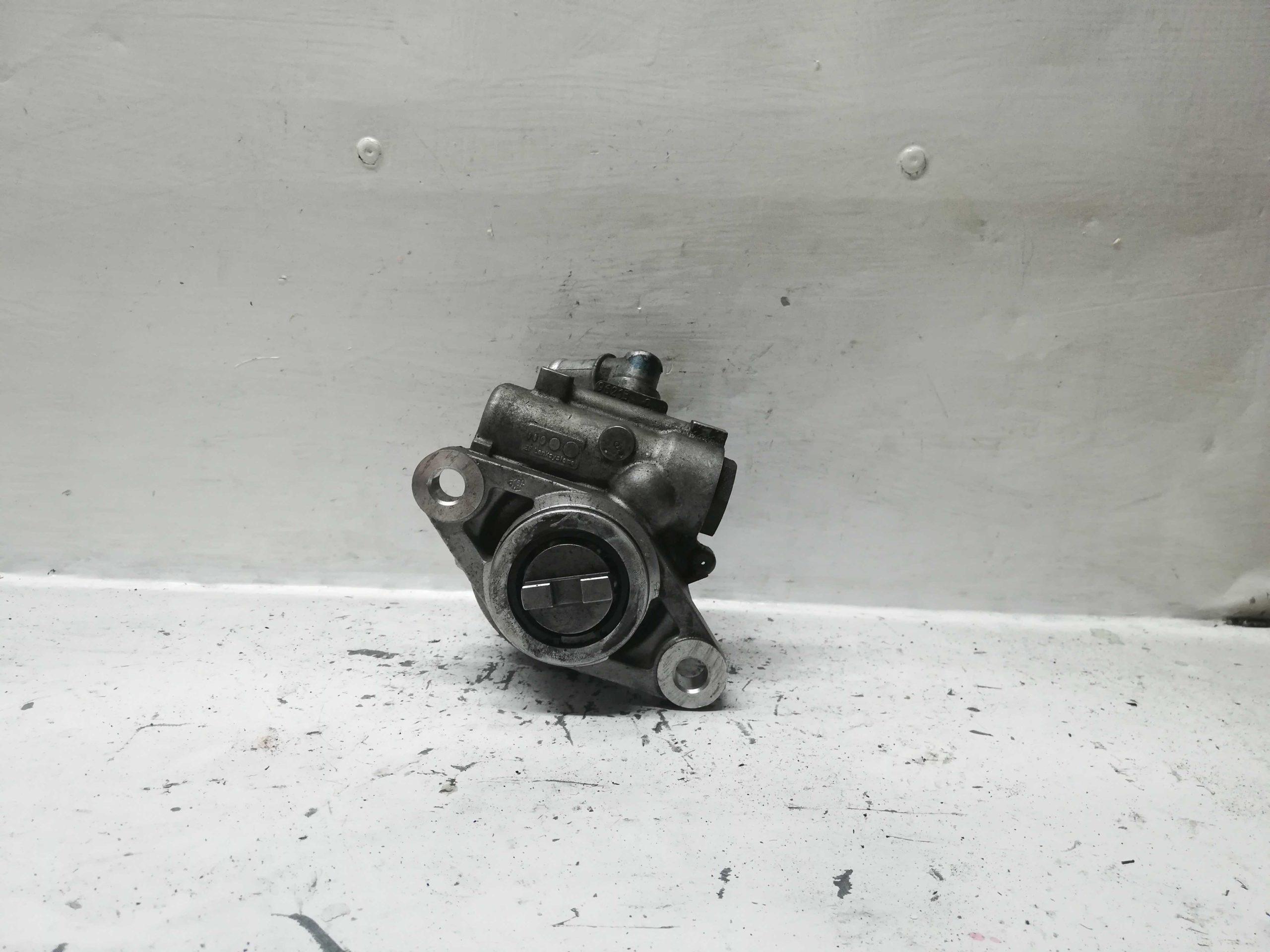 Pompa wspomagania Mitsubishi Canter Iveco 504371397